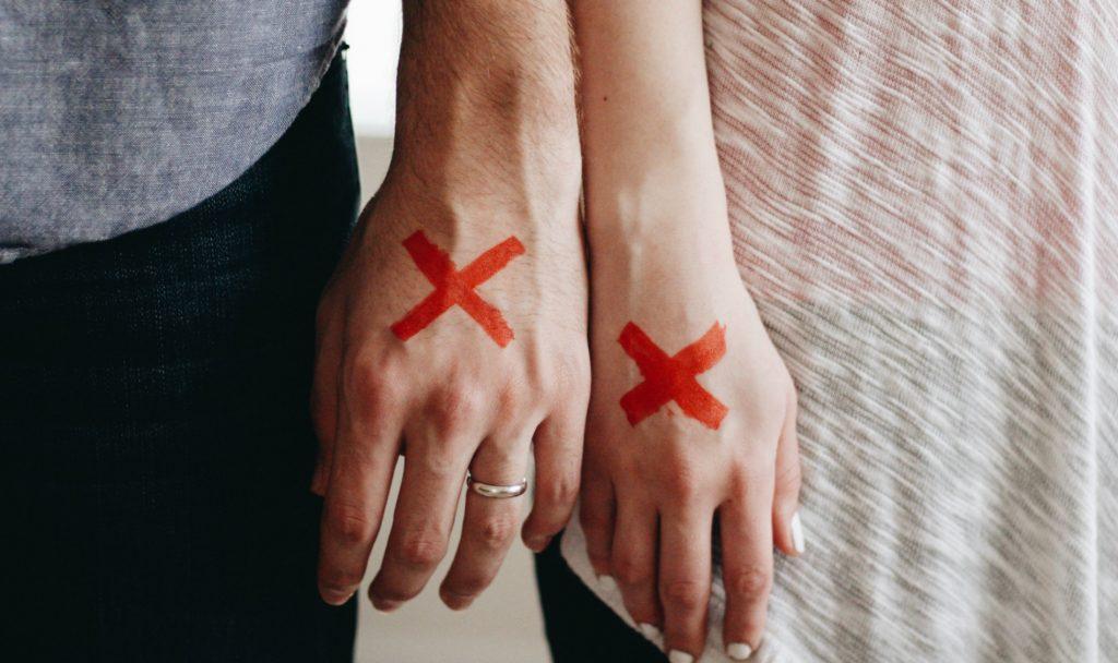 Jak zatamować krwotok z rany?